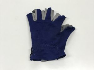 09 手袋(左)